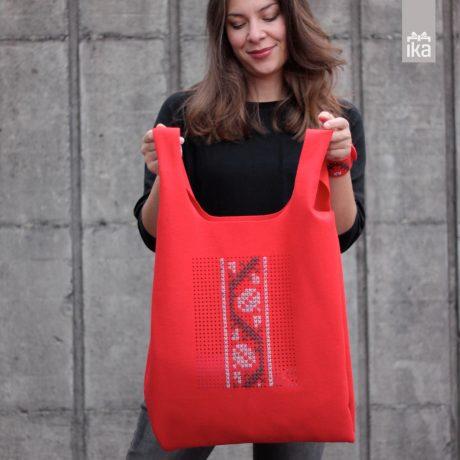 Sodobna vezena torba | Conteporary handbag traditionaly embroide