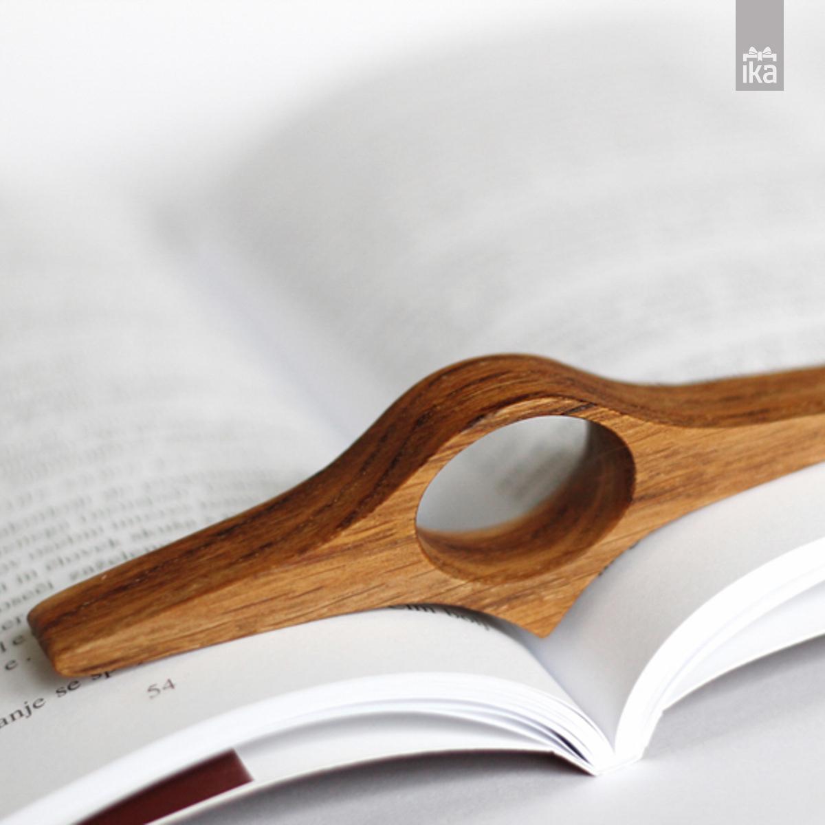 booky držalo za knjige